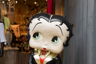 Betty Boop advertising doll - Durbuy, Belgium