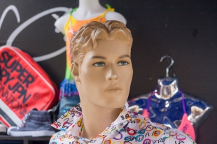 Mannequin in a clothing store - Villeneuve-de-Berg, France